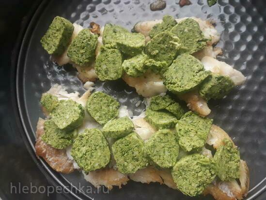 Треска с жюльеном из овощей и зеленым маслом