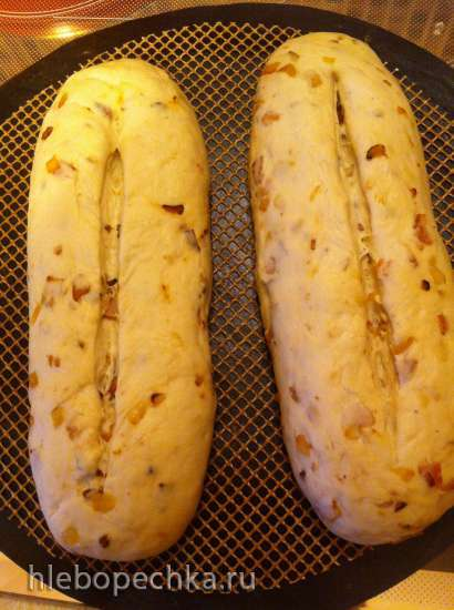 Луковый хлеб с беконом (Zwiebel-Brot mit Speck)
