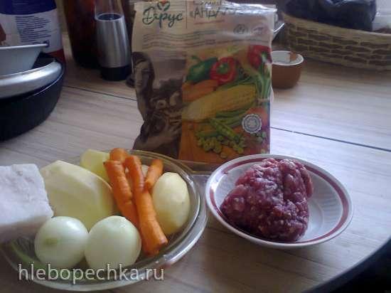 Суп с фаршем и бобовыми (Schnippelbohnensuppe)