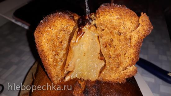 Имбирный кекс с грушами и сиропом