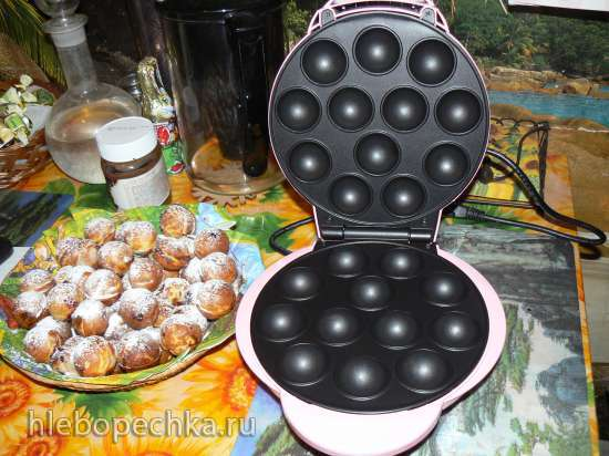 Пончики творожные с вишней в электрической такоячнице
