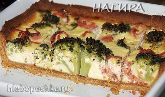 Пирог с семгой, брокколи и творогом