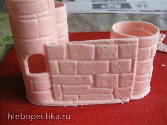 Замок и карета из мастики