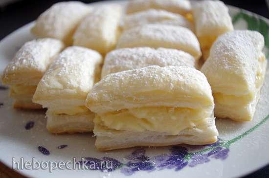 Итальянское пирожное Споркамусс с кремом (Sporcamuss alla crema)