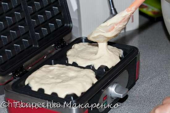 Вафли банановые в электровафельнице GF-040 Waffle-Grill-Toast