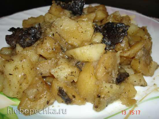 Картофель, тушённый с грибами (постное блюдо) в скороварке Polaris 0305