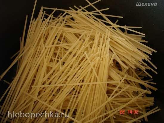 Отварные спагетти с сосисками (скороварка Polaris 0305)