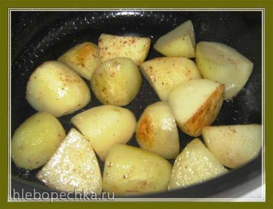 Запеченный картофель в мультиварке Brand 701