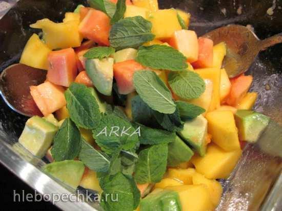 Фруктовый салат «Краски лета»
