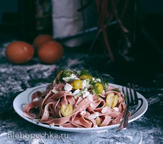 Свекольная паста из цельнозерновой муки (Homemade Spelt Beetroot Pasta)