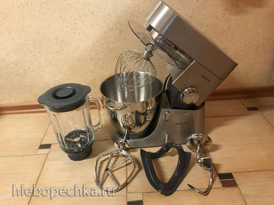 Продаю кухонную машину Kenwood KMM060