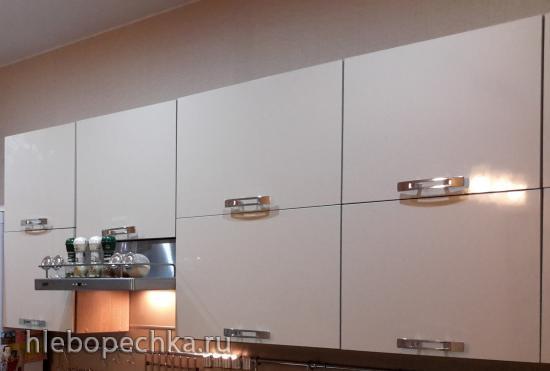 Стоит ли менять фасады кухонного гарнитура?