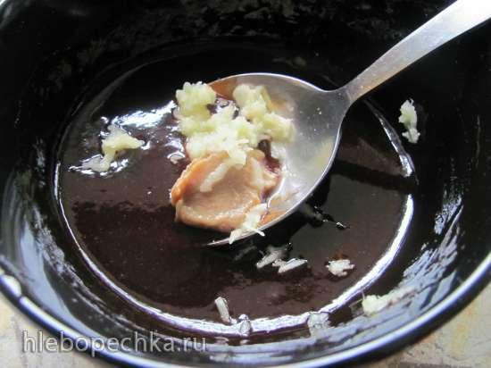 Тонкацу - свиная отбивная и соус по-японски