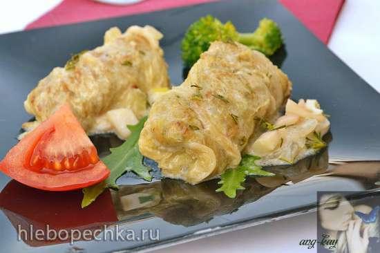 Голубцы рыбные с пекинской капустой и соусом из кальмаров