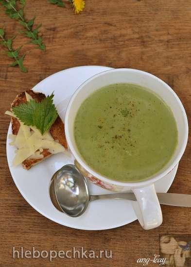 Крем-суп с крапивой и брокколи