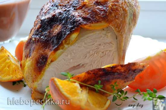 Куриная грудка, запеченная с апельсинами и тимьяном