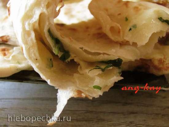 Лепешки с моцареллой и зеленью