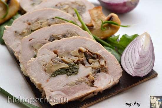 Свиной рулет со шпинатом и грибами