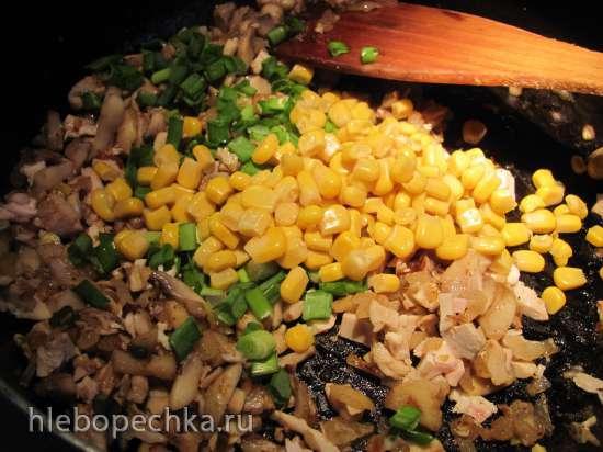 Блины с курицей и овощами, запеченные в духовке