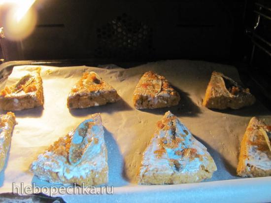 Тыквенные цельнозерновые сконы с шалфеем