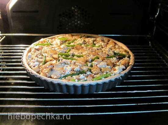 Открытый постный пирог с тофу и чесночными стрелками