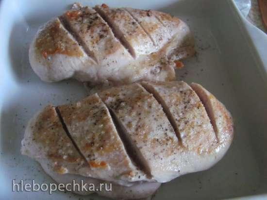 Куриное филе с помидорами и сливочным соусом