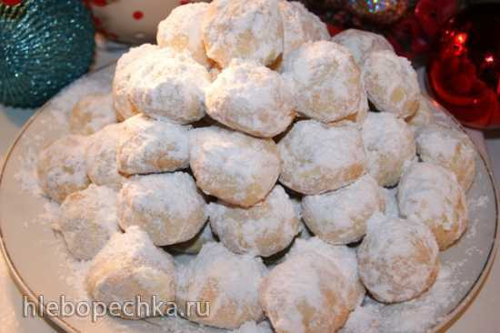 Рождественское миндальное печенье Курабьедес