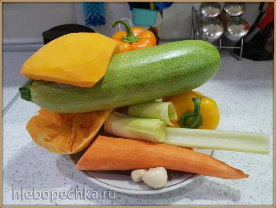 Суп-пюре «6 овощей» с чечевицей и цыплёнком-тапака