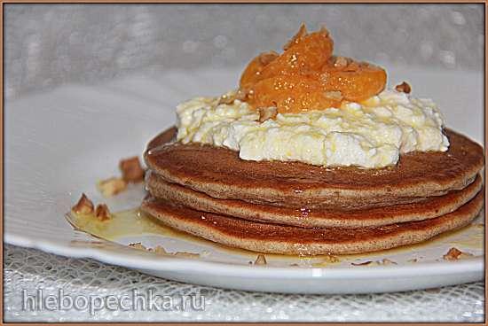 Ржаные блинчики с творожным кремом и мандариновым соусом