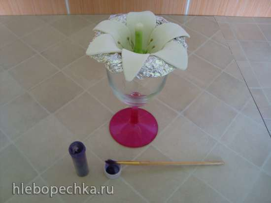 Лилии из мастики (мастер-класс)