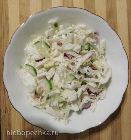 Салат «Белоснежка» (с зеленым луком)