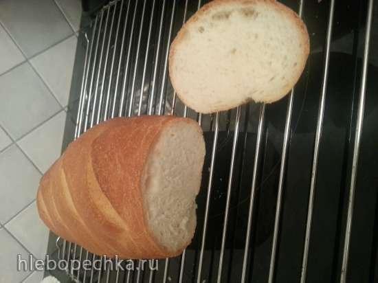Батон пшеничный из муки высшего сорта