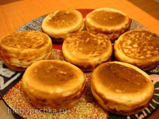 Сырники с урока Домоводства Квартет (мультипекарь Redmond, сковорода)
