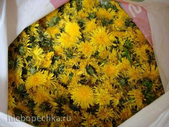 Мед из одуванчиков (скороварка Polaris 0305)
