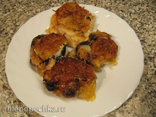 Курица под сыром с  черносливово-яблочным  топпингом