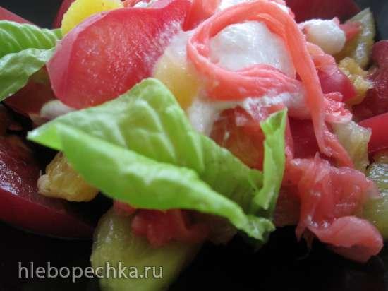 Фруктовый салат с помидорами по-японски
