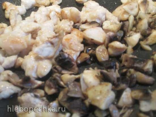 Жюльен из курицы в грибных шляпках