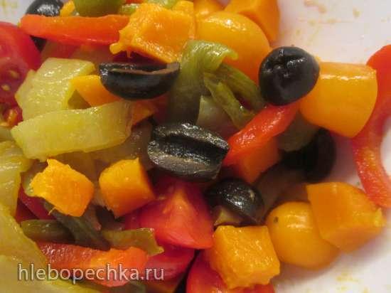 Салат из запеченных овощей и багета