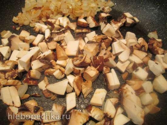 Кольца из лосося с грибной начинкой