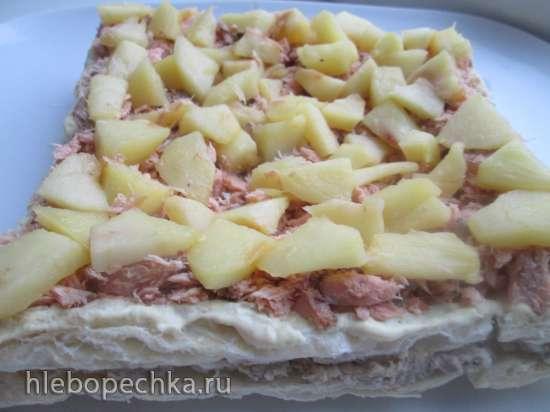 Торт - закуска рыбный Наполеон с яблоками