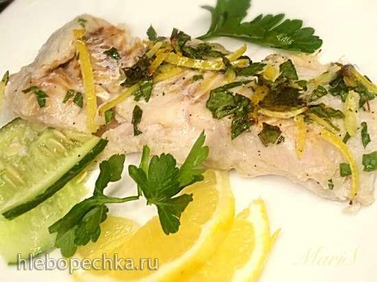 Лимонная рыбка, запеченная с огурцами и сельдереем