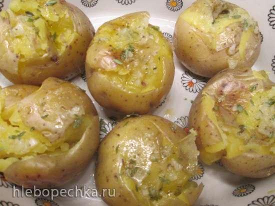Картофель в травах и специях, запеченный дважды