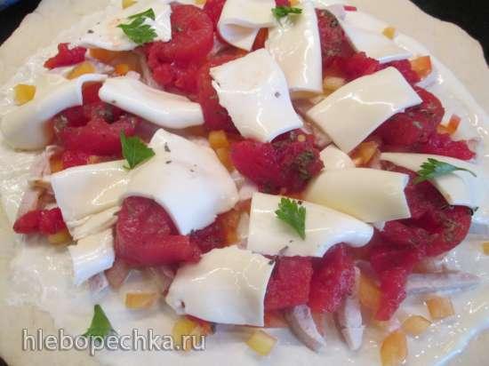 Тонкая итальянская пицца с моцареллой
