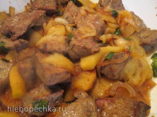 Куриная печень с яблоками и болгарским перцем