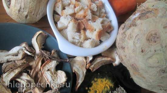 Запеканка из корня сельдерея с грибами