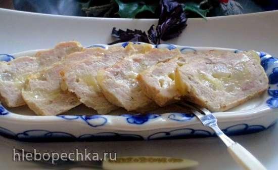 Террин из индейки с грушей, базиликом и сыром
