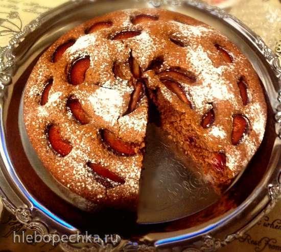 Сливовый пирог  на гречневой муке с пивом