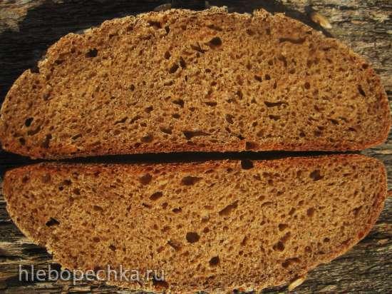 Пшенично-ржаной заварной хлеб на жидких дрожжах с семенами