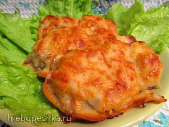 Куриные бёдра, запечённые в пивном кляре с сыром