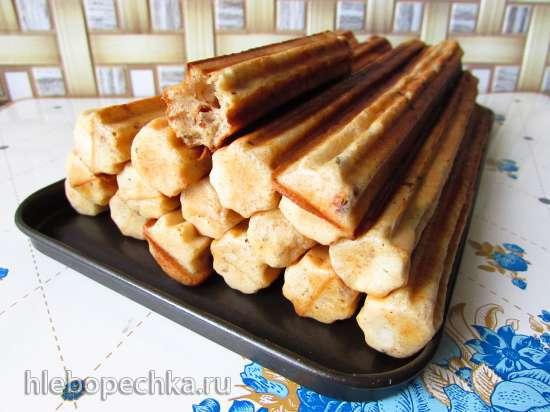 Закусочные чуррос с жареным луком и сушёными томатами (Чурросмейкер Princess 132401)